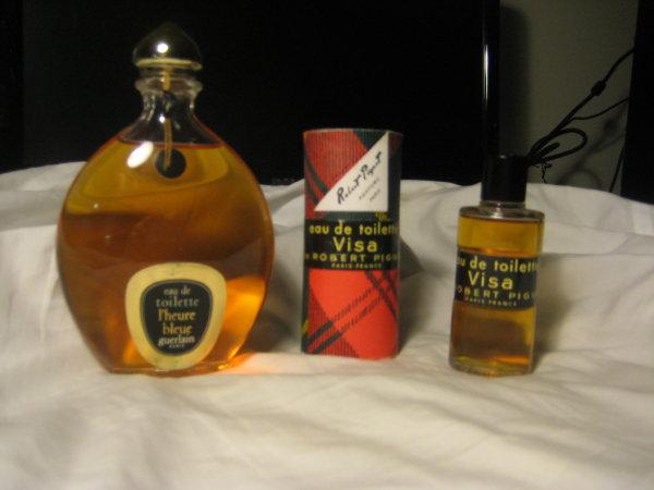 Perfumes & Cosmetics: Online store perfume in Boston